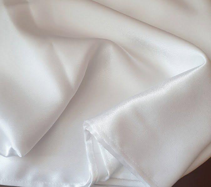 Átvető, asztalcsík fehér színű