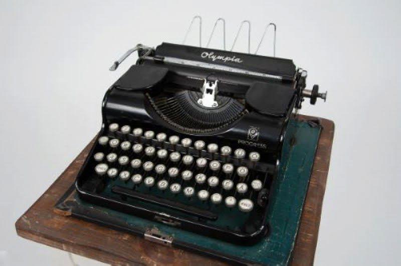Nagypapi írógépe
