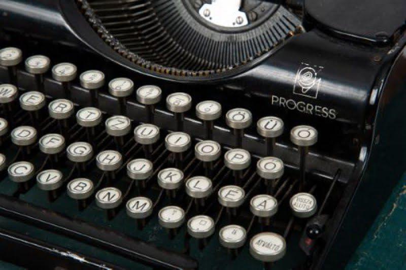 Nagypapi írógépe 0