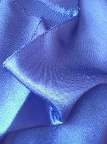 Átvető, asztalcsík királykék,sötét kék színű